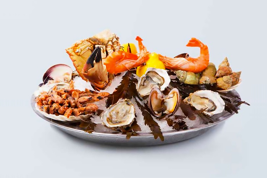 image d'illustration de la composition d'un plateau de fruits de mer parfait