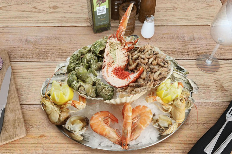 photo d'un plateau de fruits de mer royal