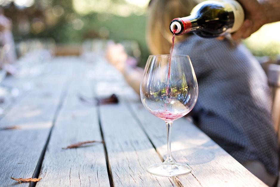 image d'un vin a boire avec des fruits de mer